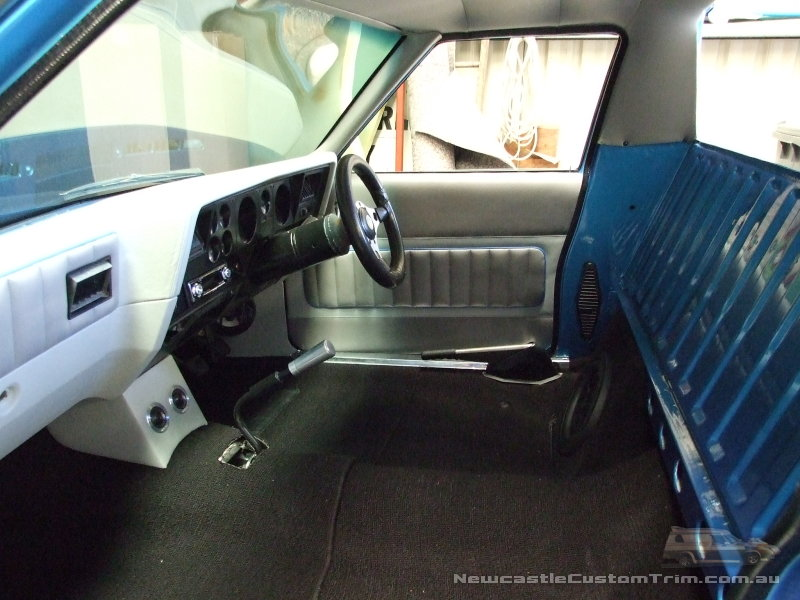 Newcastle Custom Trim Hj 1 Tonner Interior